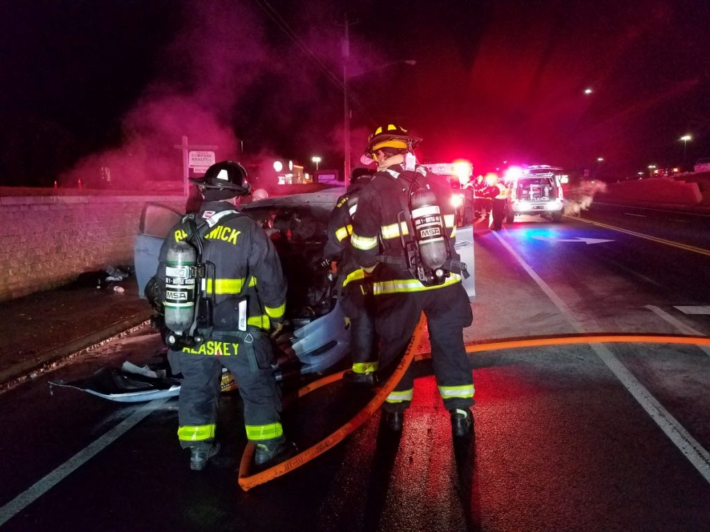 Traffic Accident & Vehicle Fire – Hoosick Rd
